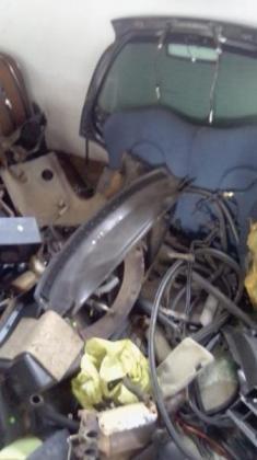 Black Ford KA 2010 1.3 selling body parts: 0745225026