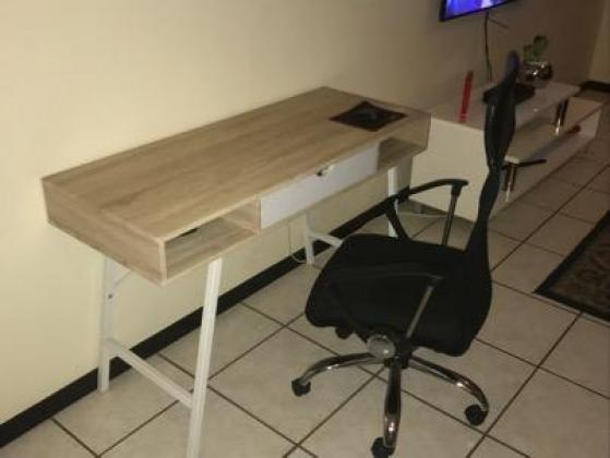 Computer desk(with drawer) and office chair for sale