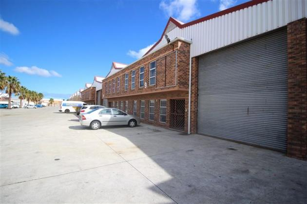 Warehouse to Rent in Montague Gardens, Industrial property Cape Town