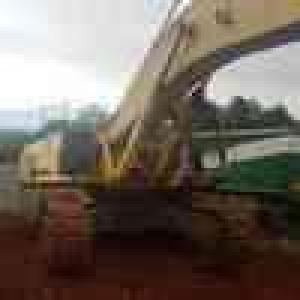 Stripping a Sumitomo SH450 Excavator for spares