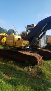 Stripping a Volvo EC210 Excavator  for spares