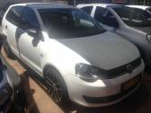 2016 VW POLO VIVO HATCH 1.6 COMFORTLINE HATCHBACK ( PETROL / FWD / MANUAL )