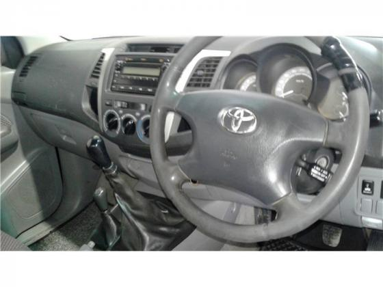 2014 Toyota Hilux 2.5 Single Cab Bakkie