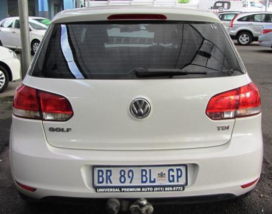 USED VEHICLE - VW GOLF