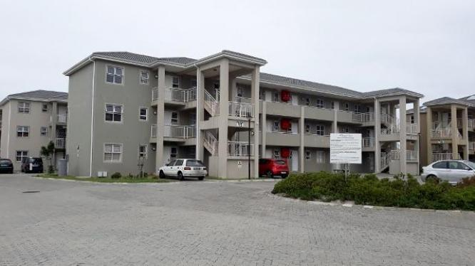 ONE OF A KIND GROUND FLOOR APARTMENT FOR SALE IN MUIZENBERG in Muizenberg, Western Cape