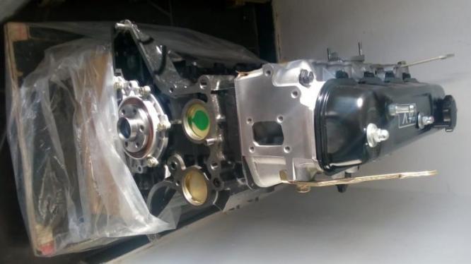 TOYOTA HIACE 2.2 4Y LONG BLOCK ENGINE
