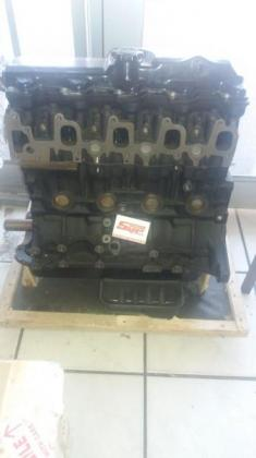 TOYOTA HILUX 2.4 2L2 HEAD BLOACK AND SUMP COMPLETE BRAND NEW