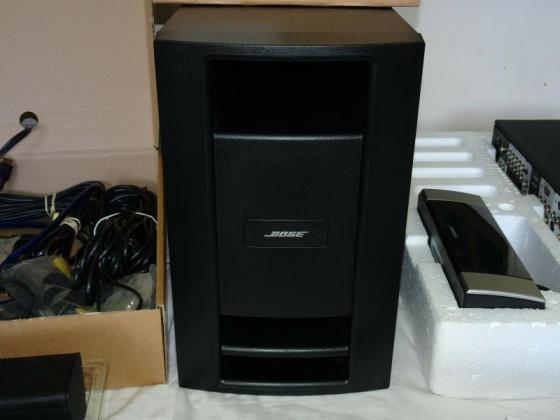 V30 High Bose Lifestyle End Theatre Surround Sound System in Beaufort West, Western Cape