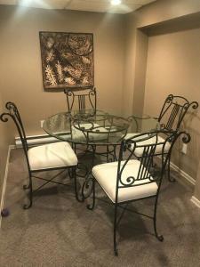 Dining room set, other furn...