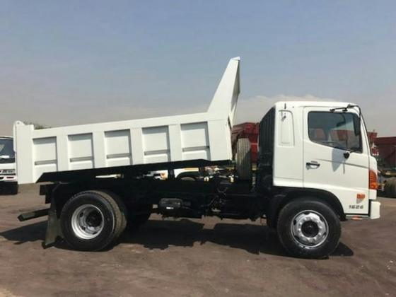 2012 Hino 500 tipper truck