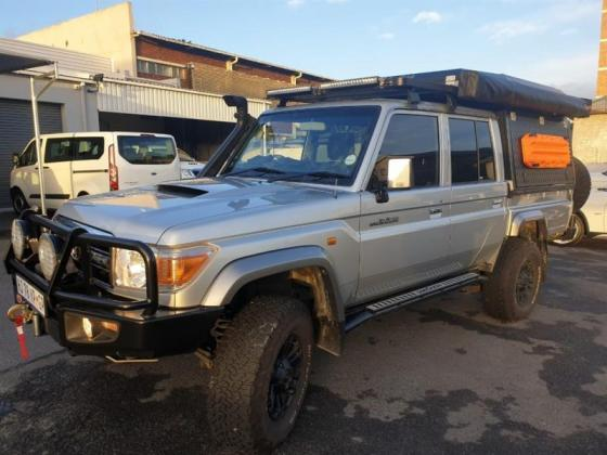 Land Cruiser 79 4.5 Diesel Pick Up Double Cab -