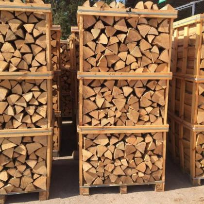 Best Price Hardwood Charcoal / Briquette / Firewood (long burning)