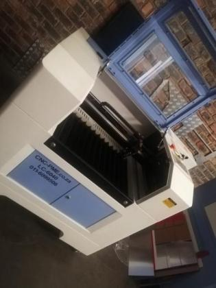 Co2 Laser Cutter And Engraving Machine