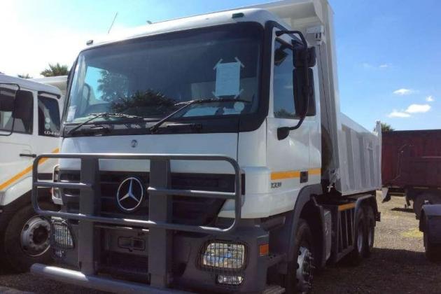 Mercedes Benz Tipper Actross 3331 Tipper Truck