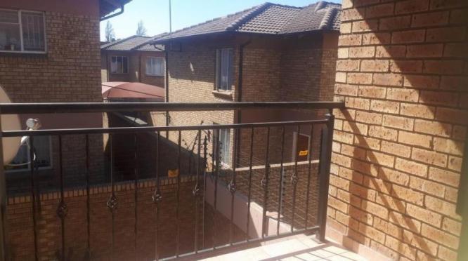 2 Bedroom Townhouse FOR SALE in Cason in Boksburg, Gauteng