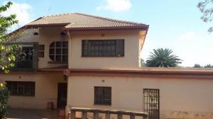 6 Bedroom mansion FOR SALE in Westdene