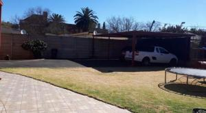AWESOME 3 Bedroom House PLUS 2 flats FOR SALE in Boksburg North