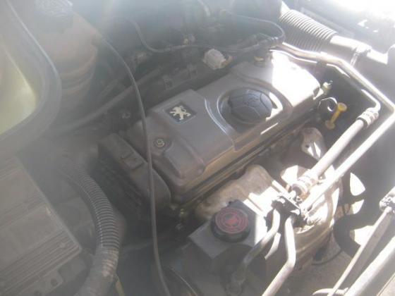 Peugeot 206 1.4 - R39,000