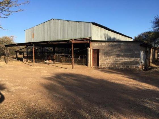 Te KOOP 786 hektaar wildsplaas geleë 55 km van Bela Bela, naby Mabula in Bela Bela, Limpopo