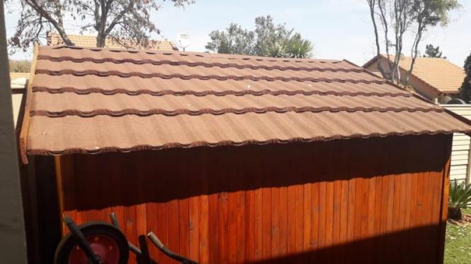 Wendy House For Sale (Price Negotiable) in Roodepoort, Gauteng