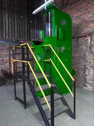 Magnaghi 25000 Pound Vertical Broaching Machine