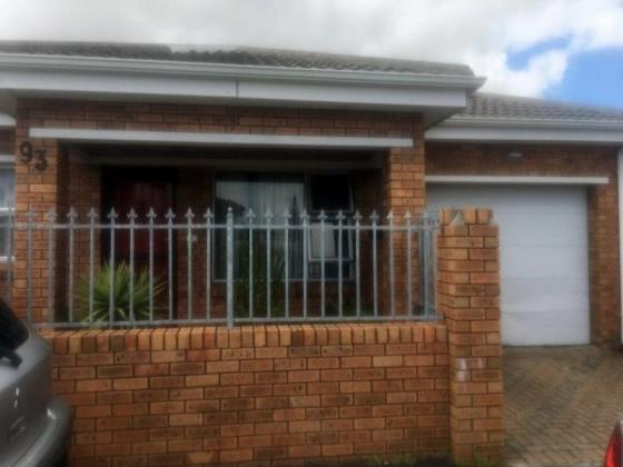 Pair of facebrick semi detached houses for sale in Rondebosch East