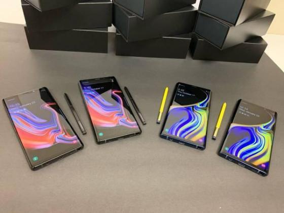 Samsung Note 9 Midnight Black and Ocean Blue in Hennenman, Free State