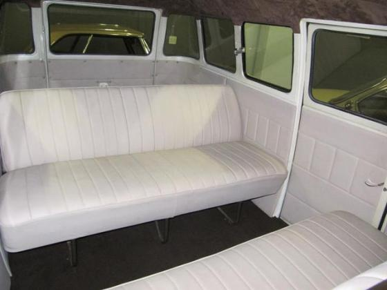 1977 VOLKSWAGEN KOMBI SPLIT SCREEN