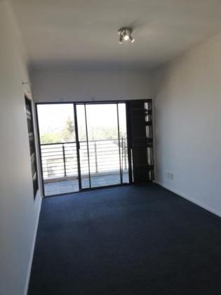 3BR Flat to Rent in Winklespruit in Kingsburgh, KwaZulu-Natal