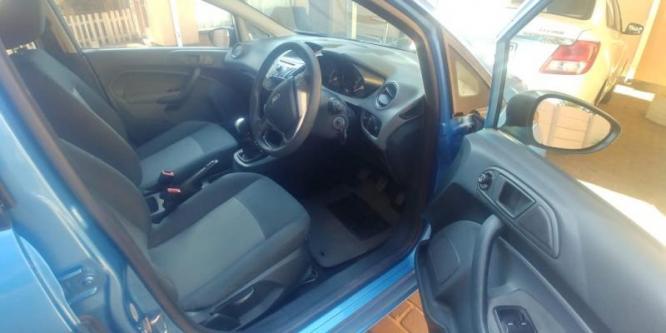 Ford Fiesta 1.4 Ambient 5 door