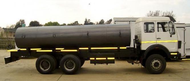 Mercedes Benz 26-28 Powerliner 16000l Water Truck ( water tanker) in Benoni, Gauteng