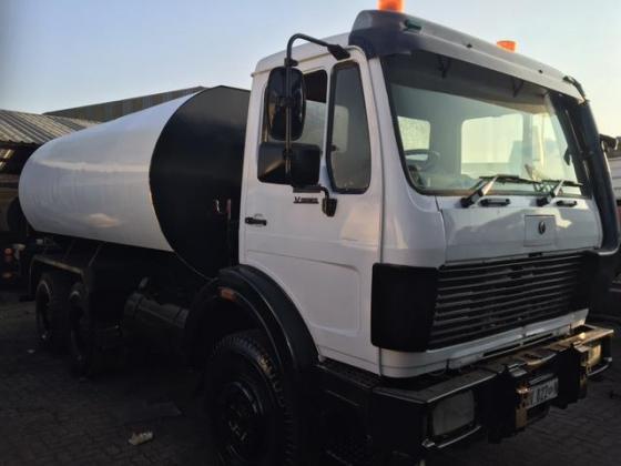 Mercedes Benz 26-28 V-Series 18000l Water Truck (water tanker)