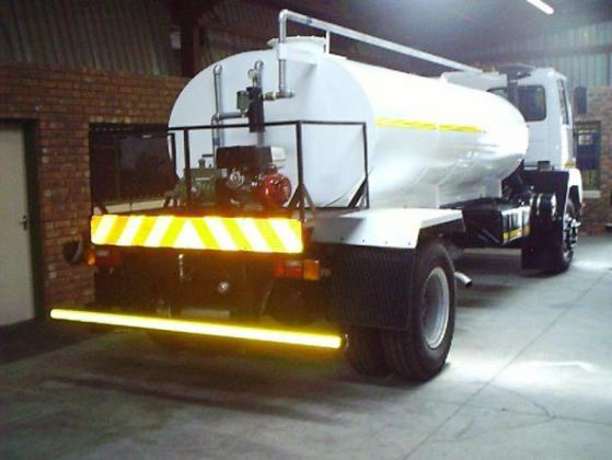 Nissan CM 12 6000l Honey Sucker ( Vacuum Truck) in Benoni, Gauteng
