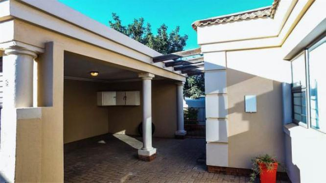 2bedroom,1/2bath Diamond Ridge Estate 6000 in Kimberley, Northern Cape