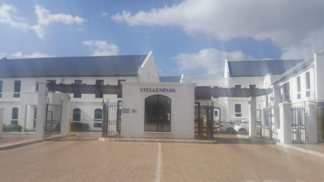 CORPORATE SECTIONAL TITLE OFFICE SPACE TO LET in Stellenbosch, Western Cape