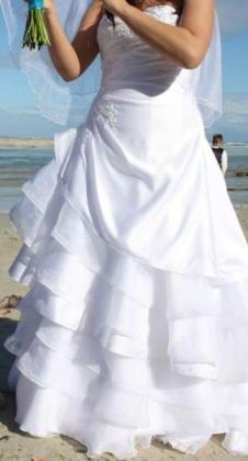 White A-line Wedding Dress for sale