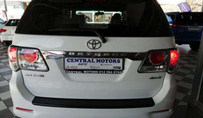 2011 TOYOTA FORTUNER 3.0 D4D 4X4 A/T