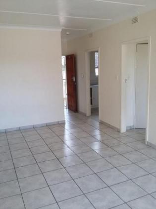 Spacious 1 Bed flats to rent in Haddon