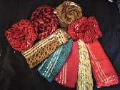 SCARVES TO CLEAR @R10!!!