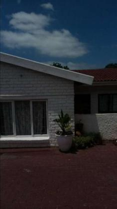 House to Let - Reservoir Hills in Durban, KwaZulu-Natal