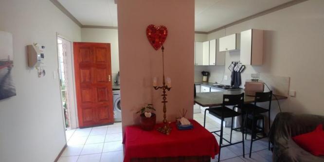 Country Garden Village 15 is a 2-Bedroom Townhouse in Pierre van Ryneveld Centurion in Centurion, Gauteng