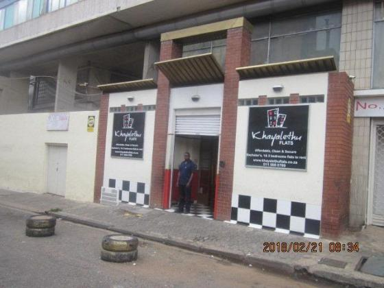 Unit 177 - All inclusive flat for R2 960.00 now on special, act fast in Johannesburg, Gauteng