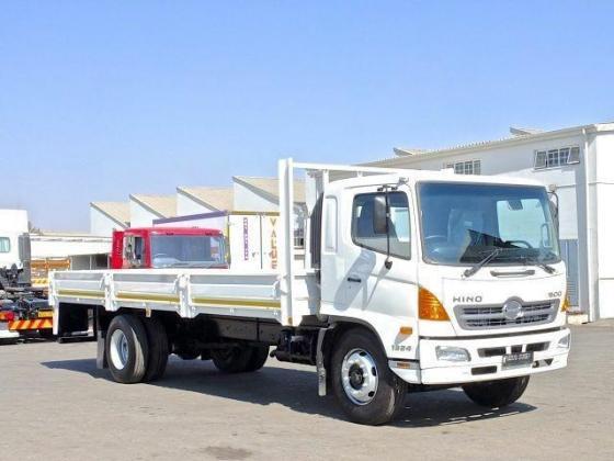 2013 Hino 500 / 1324 Dropside  240 kW Diesel in Komatipoort, Mpumalanga