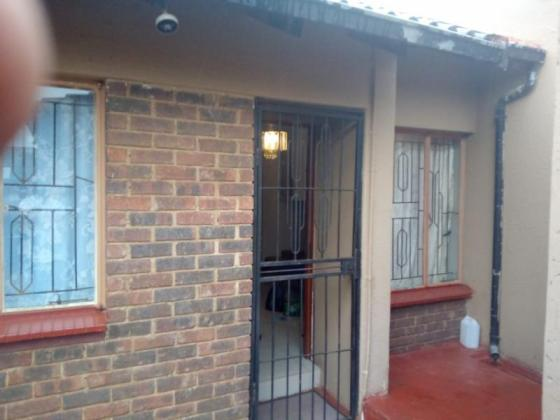 2 Bedroom House to let in Rabie Ridge Midrand- Kitchen furnished with Fridge