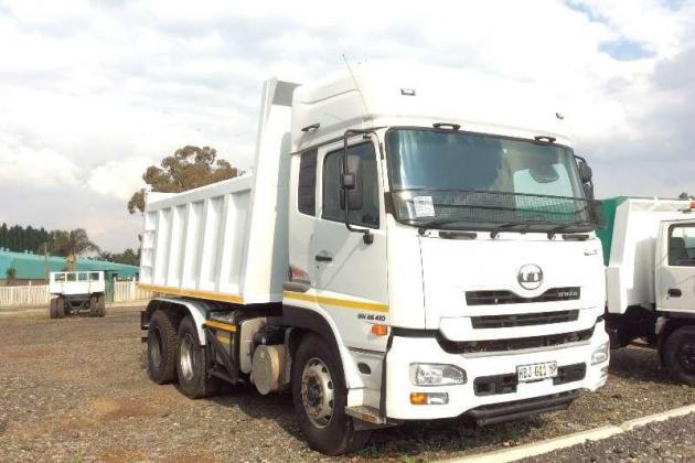 2011 Nissan UD460 Tipper 10 cubes for sale in Mpumalanga in Komatipoort, Mpumalanga