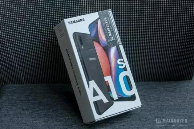 Samsung A10 brand new