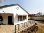 3 Bedroom House For Sale in Dagbreek!