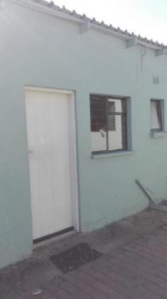 Cottage For Rent in Johannesburg Regents Park R3000 in Johannesburg, Gauteng