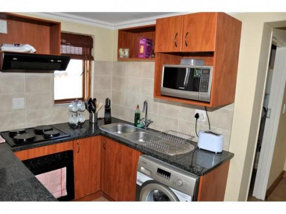 Fully Furnished Bachelor Loft Apartment in Midrand. in Pretoria East, Gauteng