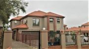Pet Friendly 3-Bedroom House To Let in Waterkloof Glen, Pretoria East.